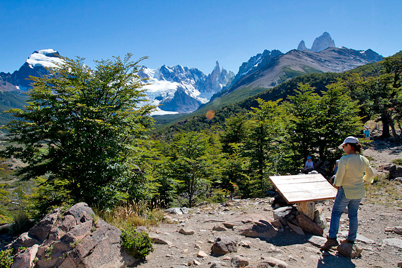 Trail and viewpoint Cerro Torre, Los Glaciares NP, Argentina © Claudio F. Vidal, Far South Exp