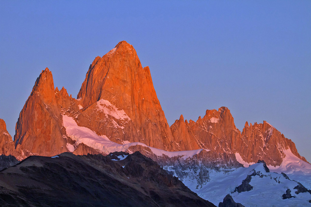 Mt. Fitz Roy at dawn, El Chalten, Argentina © Claudio F. Vidal, Far South Exp